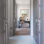 Cultra-House_Hall-hexpattern1